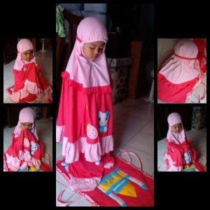 mukena-hello-kitty-pink-lucu