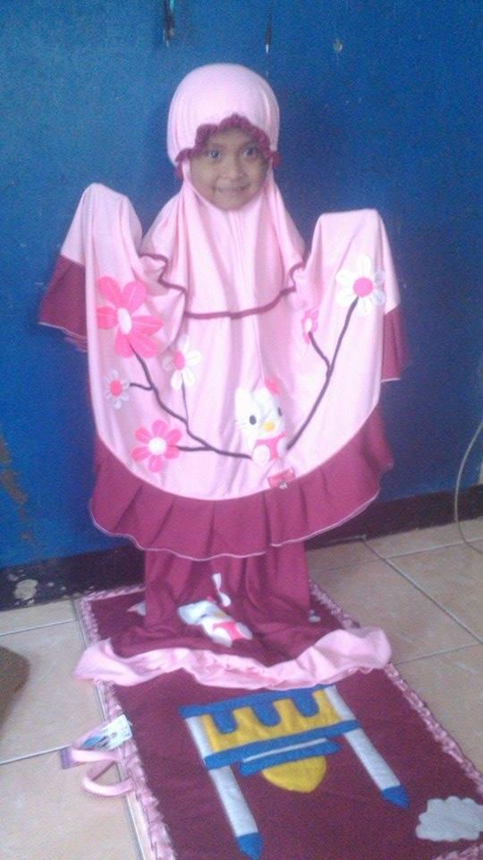eka-multi-mukena-pink-marun-hello-kitty6