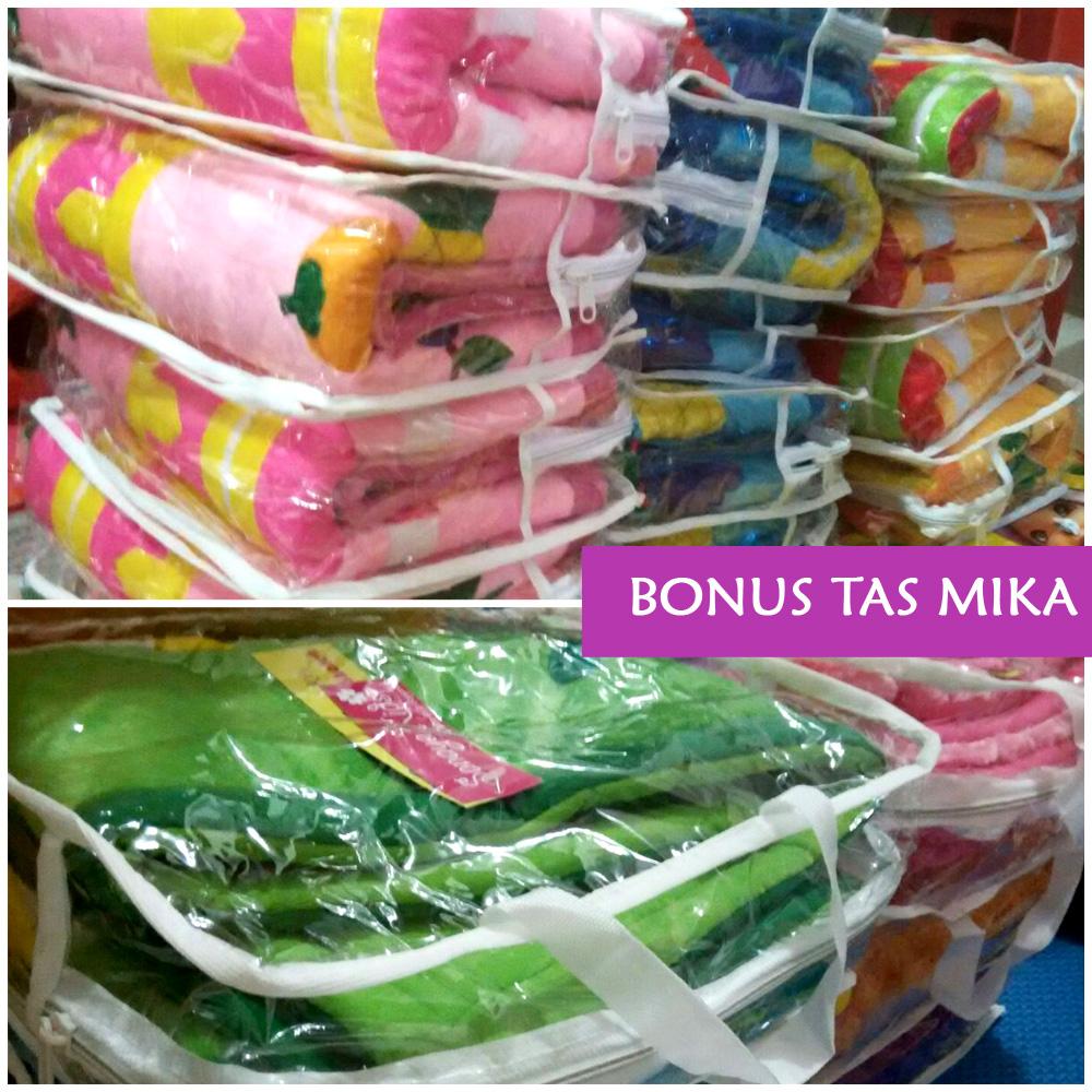 Sajadah Hitam Bulu Eksklusif Koleksi Terbaru Dari Sanaya Kids Produk Ukm Bumn Tas Mukena Besar Packing Mika